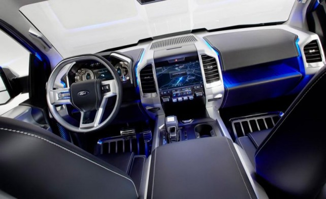 2017-ford-atlas-interior